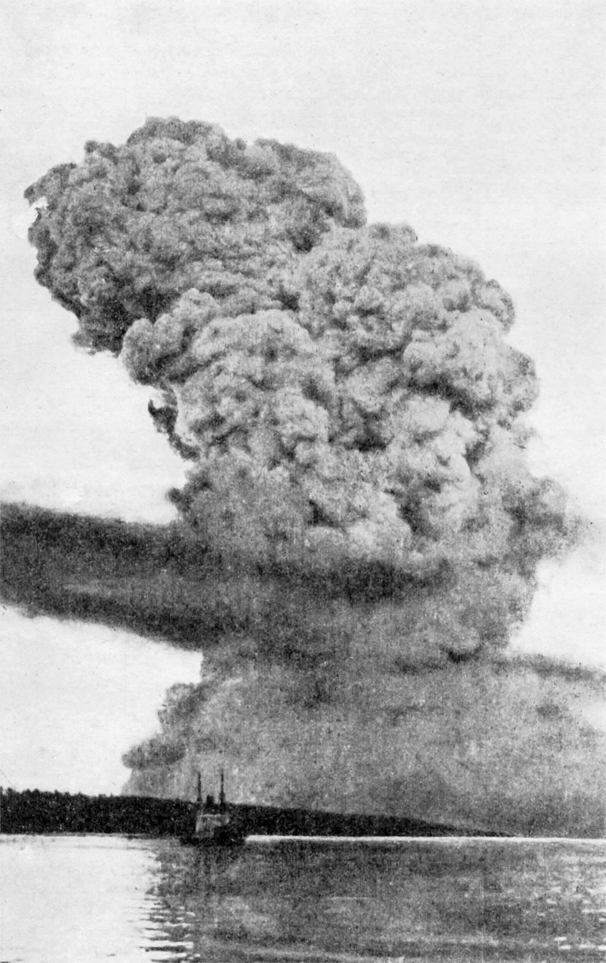 halifax explosion The halifax disaster how a maritime accident led to the largest human-caused explosion in the pre-nuclear era written by alan bellows • 8 minute read • 47 comments.